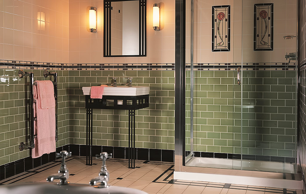 Mackintosh bathroom art deco